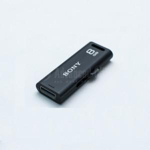 Flash disque SONY Micro Vault Classic 8Go Noir